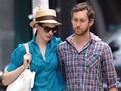 Batman: The Dark Knight Rises, Anne Hathaway s-a logodit cu Adam Shulman, stiri despre vedete