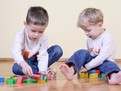 cum sa iti inveti copilul sa fie generos, cum sa iti educi copilul, educatie, egoism, generozitate, educatia copilului mic