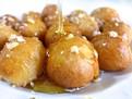 Reteta de loukoumades, cum se fac gogosile grecesti loukoumades, retete grecesti, retete traditionale din grecia, reteta de gogosele grecesti cu miere