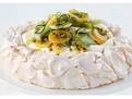 tort Pavlova, reteta prajitura Pavlova, cum se face Pavlova, torturi deosebite, retete speciale revelion, tort alb pentru revelion, cum se face prajitura pavlova cu fructe, bezea pentru pavlova