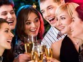 cum sa organizezi revelionul acasa, sfaturi pentru revelion acasa, sfaturi pentru revelionul acasa, cum sa fii gazda perfecta de rev, petrecere de rev acasa