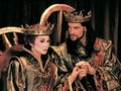 cronica de teatru, teatrul in societatea de astazi