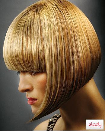 Градуированное каре - это модная прическа, при которой верхние волосы состригаются ступеньками или лесенкой.